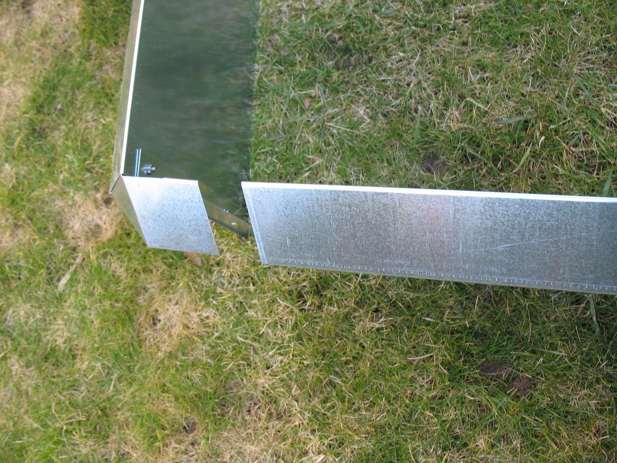 schneckenzaun schutz metall f r beet max 12 qm 14 bleche. Black Bedroom Furniture Sets. Home Design Ideas