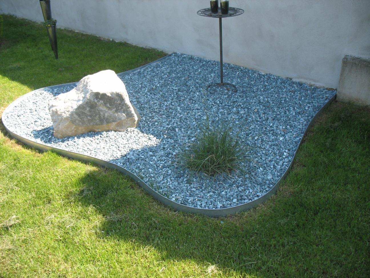 rasenkanten metall sonderh he 25 cm x 118 cm lang 3 er set. Black Bedroom Furniture Sets. Home Design Ideas