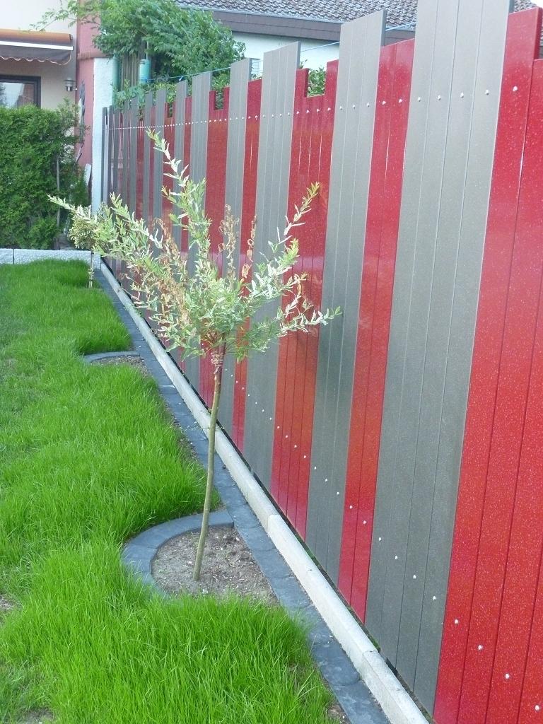 Zaun Sichtschutz aus Metall 1 5 m lang und 1 0 m höhe Alles für
