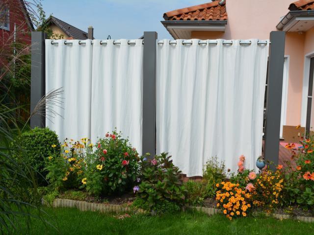sichtschutz - mittelsäule 2,2 m x 0,2 x 0,2 m lackiert mit schutzfolie, Hause deko