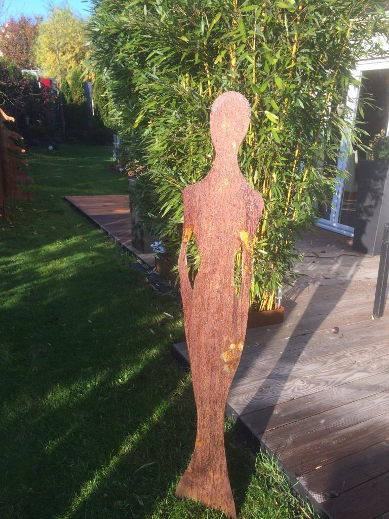 Edelrost dame 1 5m gro alles f r haus und garten aus metall for Edelrost skulpturen garten