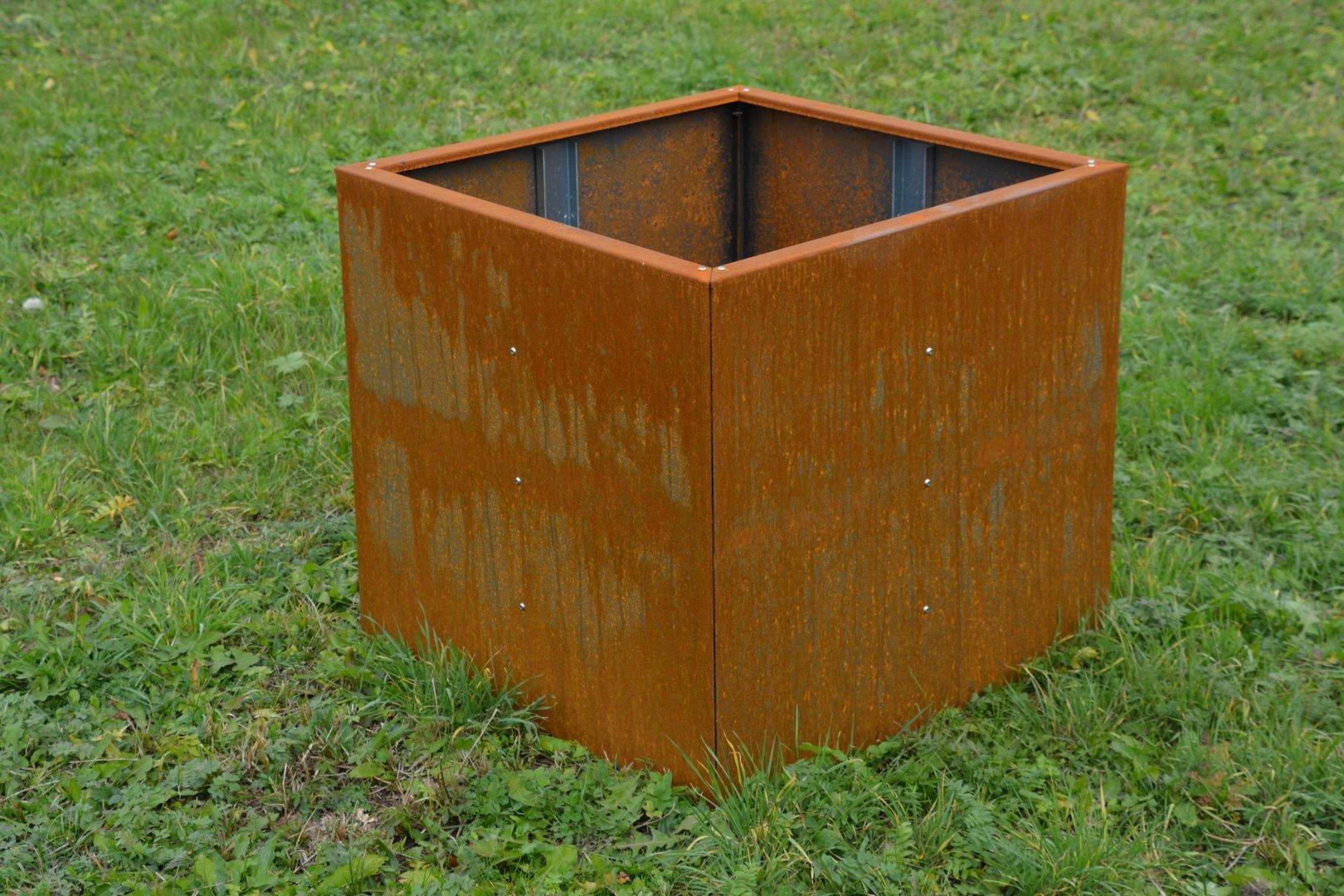 Hochbeet Urban Aus Metall 0 75 M X 0 3 M X 0 5 M Edelrost