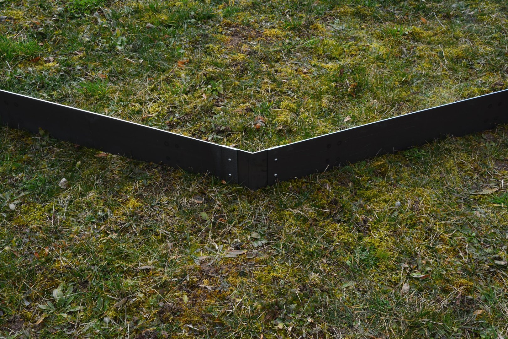 rasenkanten cortenstahl eckprofil 15 cm 135 grad. Black Bedroom Furniture Sets. Home Design Ideas