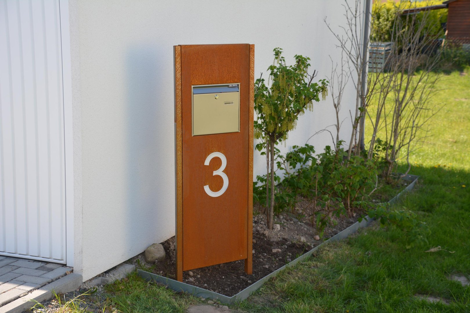 briefkasten stele einseitig 130 x 50 x 4 cm corten edelrost. Black Bedroom Furniture Sets. Home Design Ideas