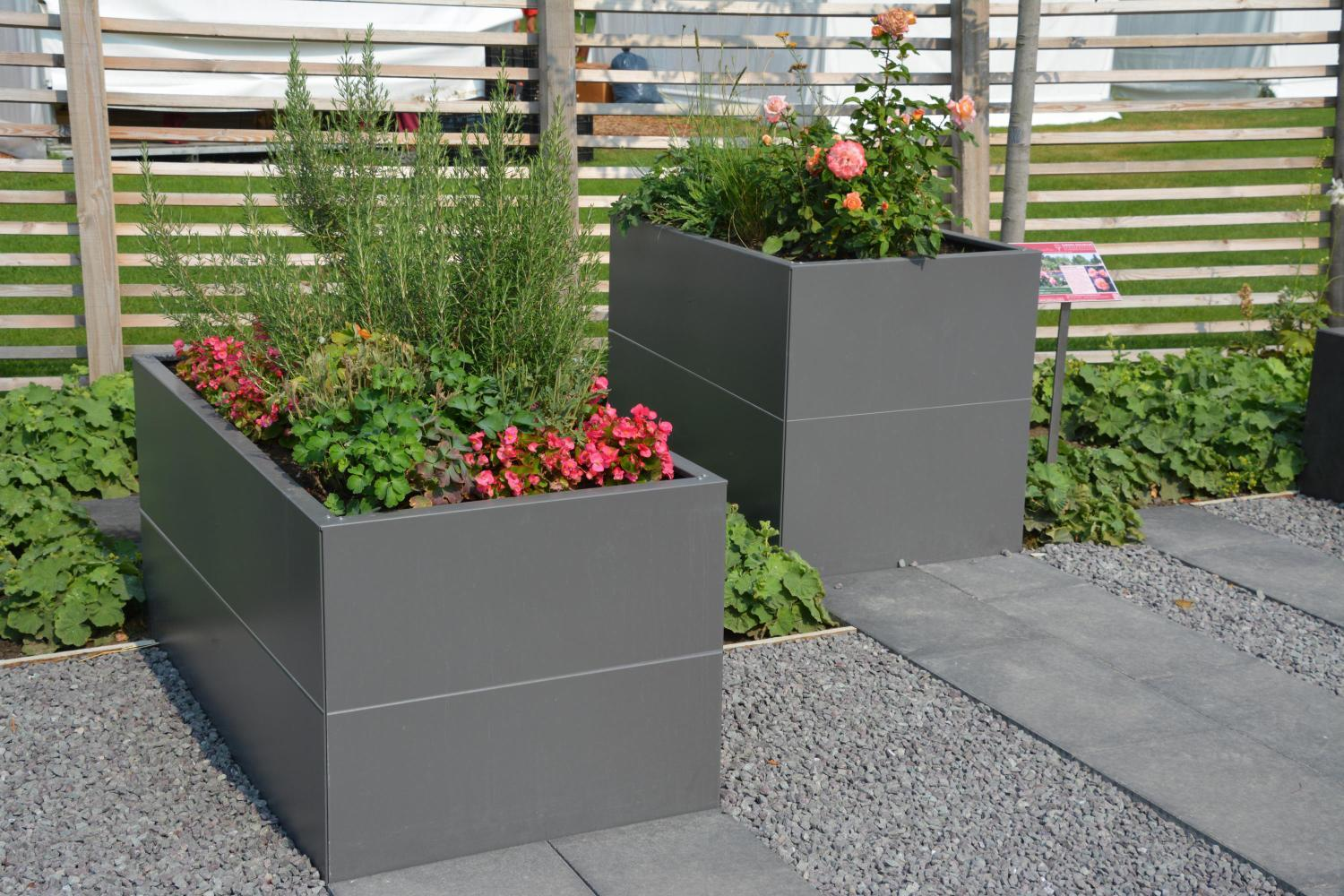 hochbeet urban gardening aus metall f r jeden garten terasse. Black Bedroom Furniture Sets. Home Design Ideas