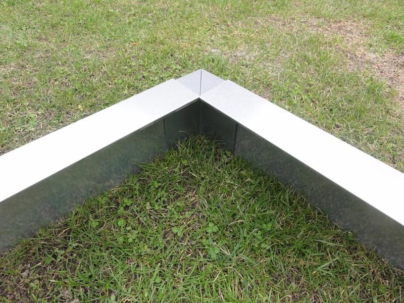 kiesbegrenzung rasenbegrenzung aus metall 0 5 m lang alles f r haus und garten aus metall. Black Bedroom Furniture Sets. Home Design Ideas