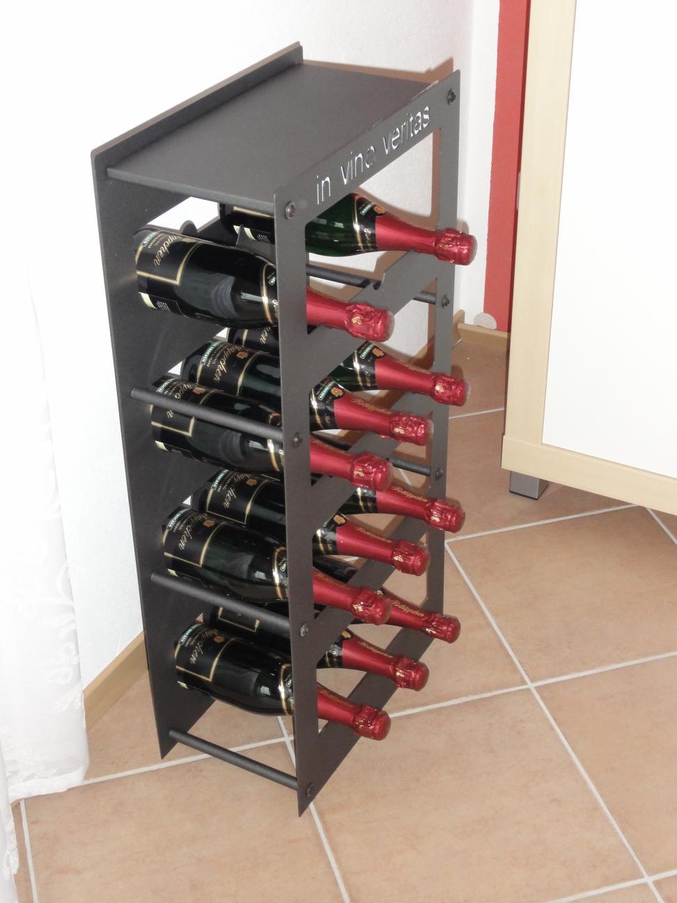 weinregal f r 12 flaschen aus metall design regal farbe nach unserer farbkarte alles f r haus. Black Bedroom Furniture Sets. Home Design Ideas