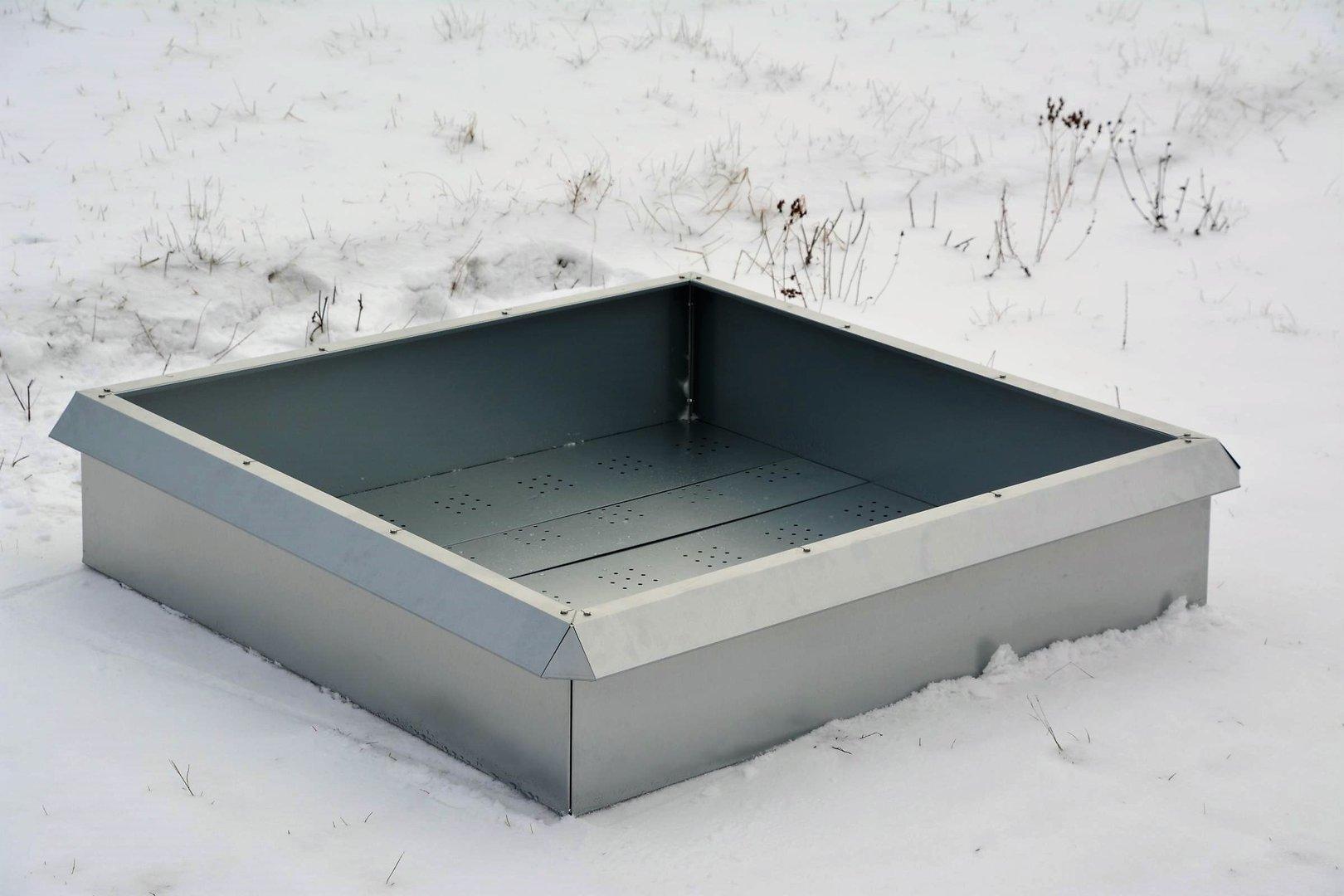 fr hbeet hochbeet pflanzkasten mit schneckenzaun aus metall. Black Bedroom Furniture Sets. Home Design Ideas