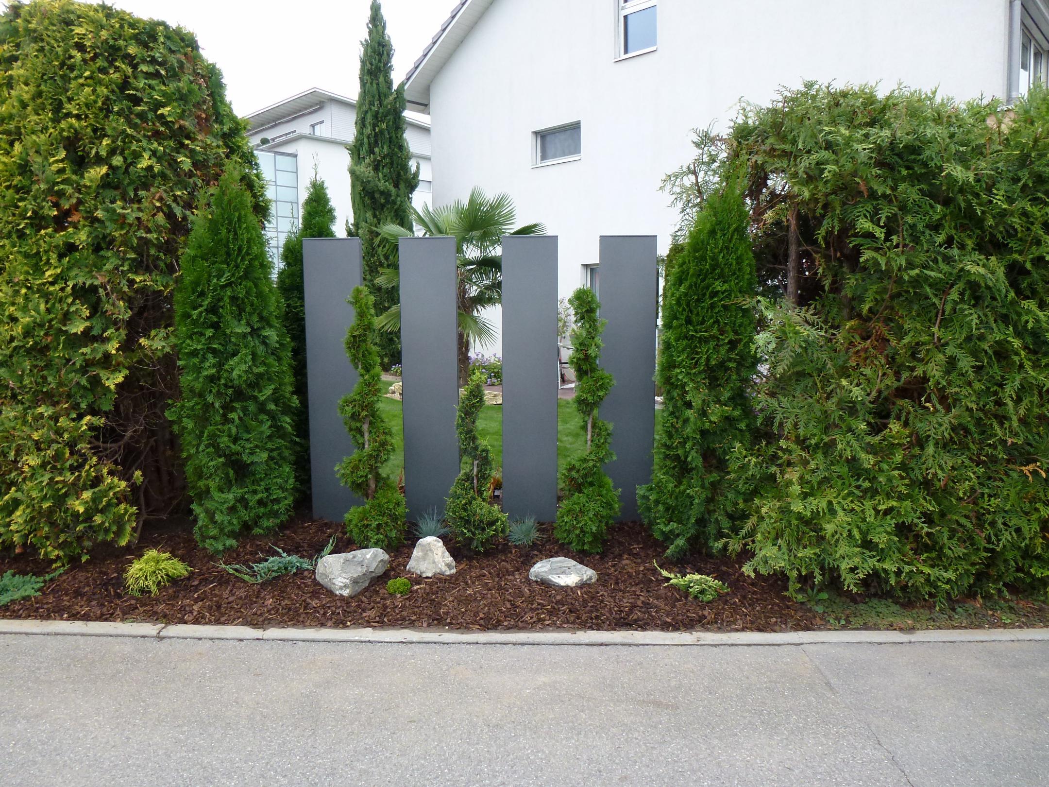 Stele aus metall - Sichtschutzwand metall ...