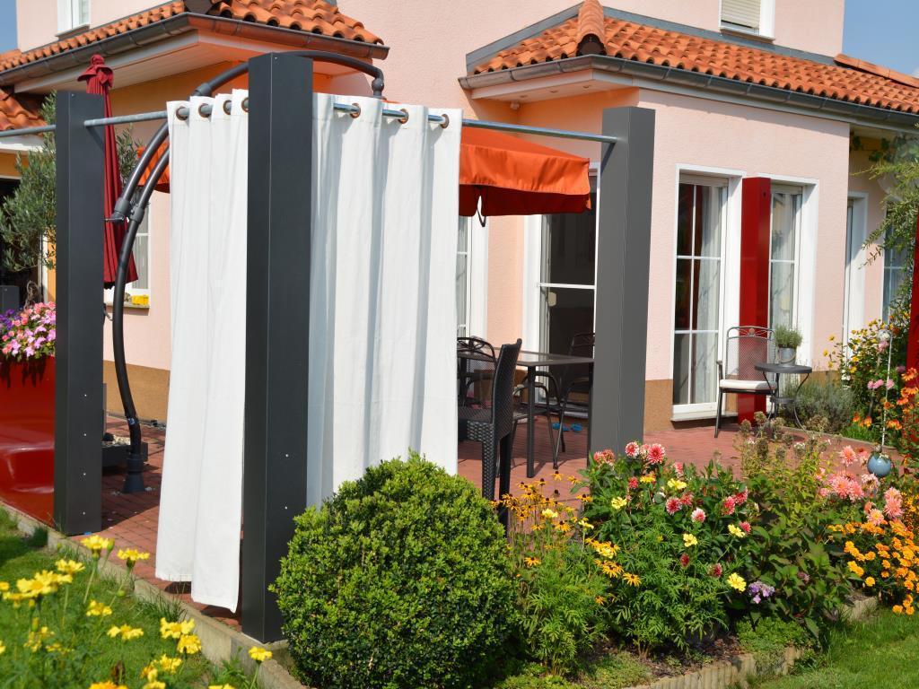 sichtschutz 2m lilashouse. Black Bedroom Furniture Sets. Home Design Ideas