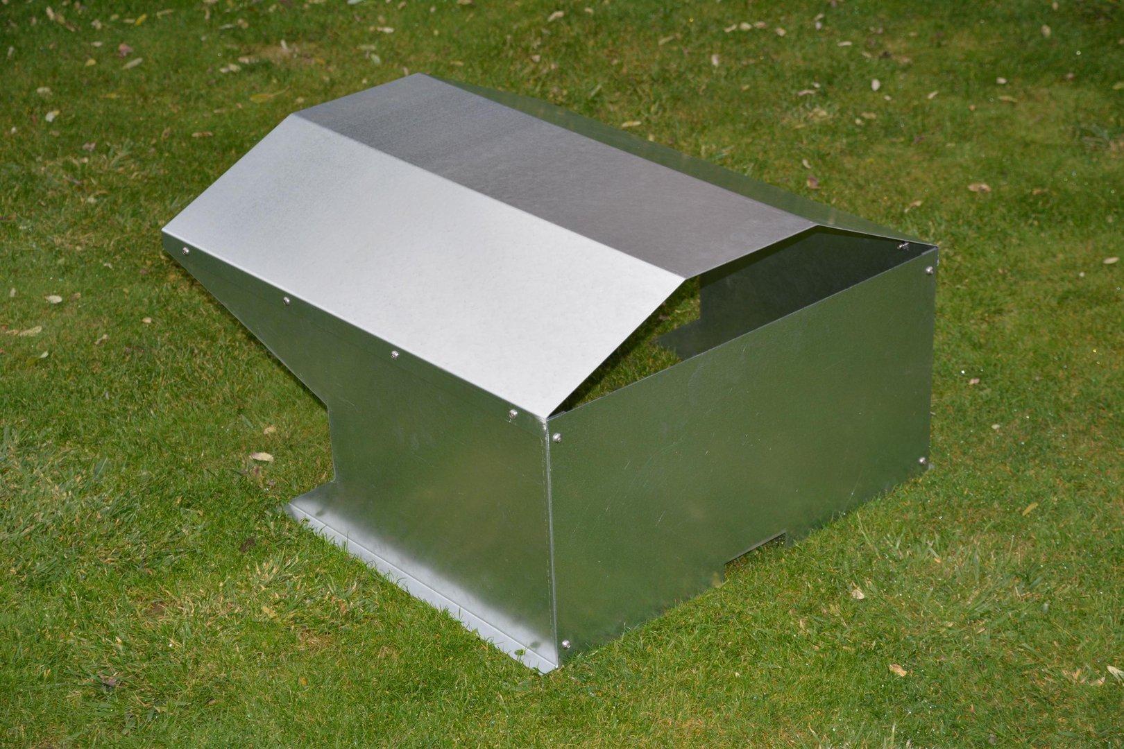 r ckwand f r m hroboter garage verzinkt aus metall. Black Bedroom Furniture Sets. Home Design Ideas