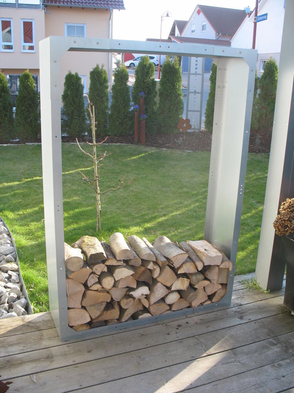 kaminholzregal brennholzregal aus metall aussen verzinkt. Black Bedroom Furniture Sets. Home Design Ideas